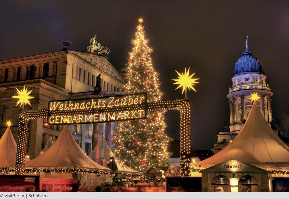 """<a href=""""index.php?nav=tagesreisen&navl=dezember&content=detail&id=200""""><span style=""""font-size:0.8em;"""">11.12.2017</span><br />Berlins schönste Weihnachtsmärkte</a>"""